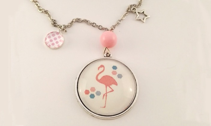 collier-sautoir-cabochon-flamand-rose